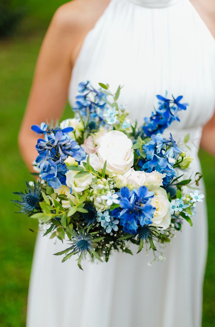 Bloomerei_Hochzeit_Brautstrauss_blau