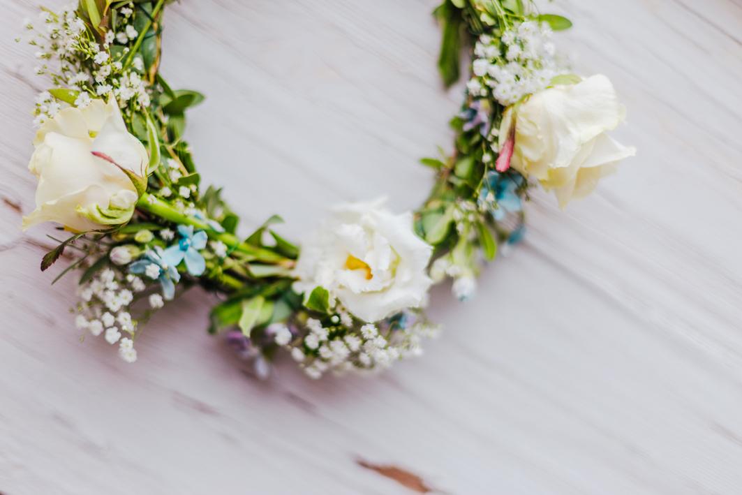bloomerei_Hochzeit_Haarkranz